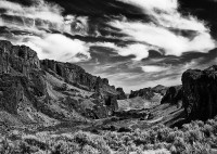 Leslie Gulch, Oregon, black-and-white, cirrus clouds