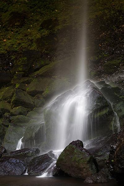Elowah Falls, Columbia River Gorge, Oregon, waterfall, white, basalt